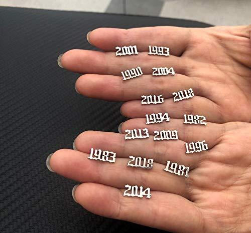 GSZPXF Joyería Pendientes de Acero Inoxidable de diseño único Pendiente Stud Año de Moda for Hombres de Las Mujeres del Regalo de cumpleaños (Color : 2017, Size : Silver Color)