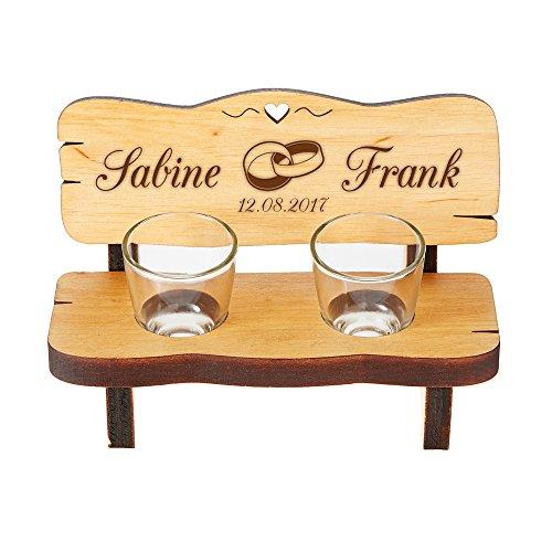 Casa Vivente Schnapsbank mit Gravur, Mit 2 Shotgläsern, Motiv Ringe, Personalisiert mit Namen und Datum, Hochzeitsgeschenk