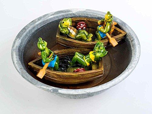 1 paar in de boot 2 gesorteerd. Kikker of schildpad 22 cm van glanzende kunststeen uitvoerig door kunstenaar ontworpen en beschilderd