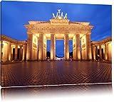 Hell erleuchtetes Brandenburger Tor Format: 120x80 auf