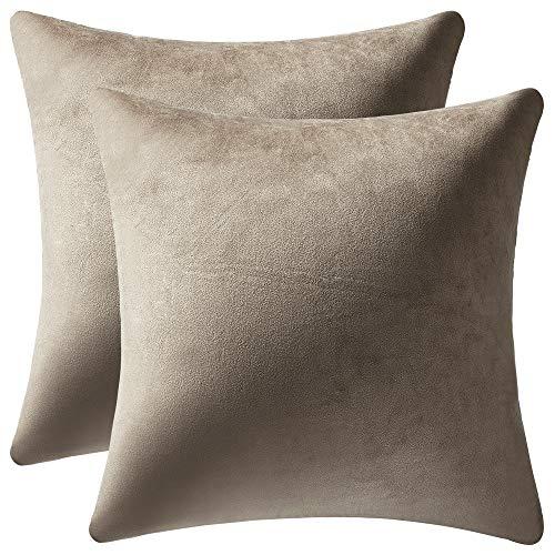 DEZENE Fundas de Cojín Gris Topo de 60x60cm, Paquete de 2 Fundas de Almohada Decorativas Cuadrado de Terciopelo Suave Sólido para Sofá de Granja