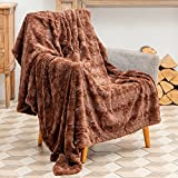 TOONOW Soft Faux Fur Throw Blanket for Couch, No-Shedding Fuzzy Throw Blankets, Microfiber Brown Fur Throw Blanket for Bed, Sofa, Living Room (Brown-51'x 67')