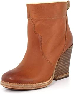 Womens Marge Short Pull-On Boot