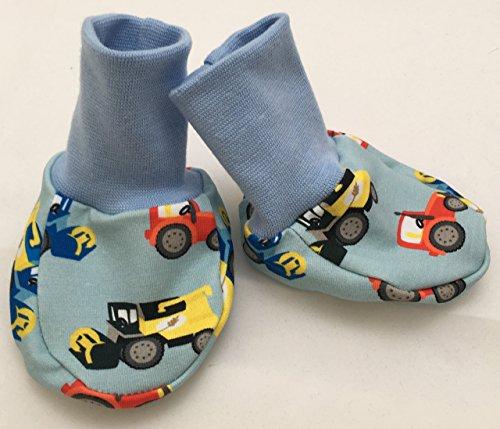 Baby-Schuhe mit Treckern und Mähdreschern hellblau ca. 0-6 Monate