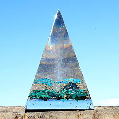 Pirámide de abundancia de ORGONITA hecha a mano para prosperidad y riqueza, con oro y cristales de cuarzo, malaquita y turquesa