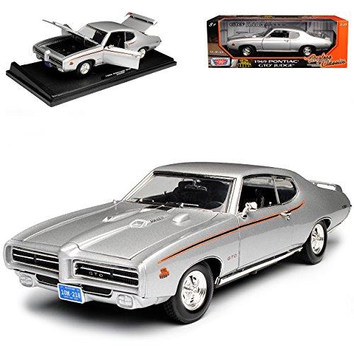 Motormax Pontiac GTO Judge Coupe Silber 1969 1/18 Modell Auto