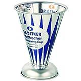 Dr. Oetker Messbecher Nostalgie, Messkanne aus Weißblech, trichterförmiger Messbecher mit vielfältiger Skalierung aus der Serie 'Modern Baking - Retro Design' (Maße: Ø11x14,5 cm),...