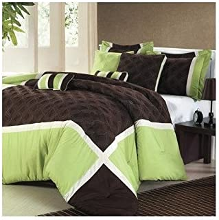 Chic Home Quincy 8 Piece Comforter Set Size: Queen, Color: Green