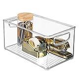 mDesign Caja organizadora con asas integradas – Caja de almacenaje para utensilios de cocina, baño o material de oficina – Organizador de escritorio en plástico – transparente