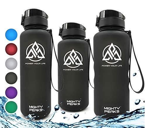 MIGHTY PEAKS Tritan Sport-Trinkflasche 1,5 Liter | Fruchteinsatz | BPA frei | 1500ml 1,5l 1.5l 1.5 Liter | Wasserflasche 1,5 Liter | Schwarz,Black | Ideale Trinkflasche mit Früchtebehälter
