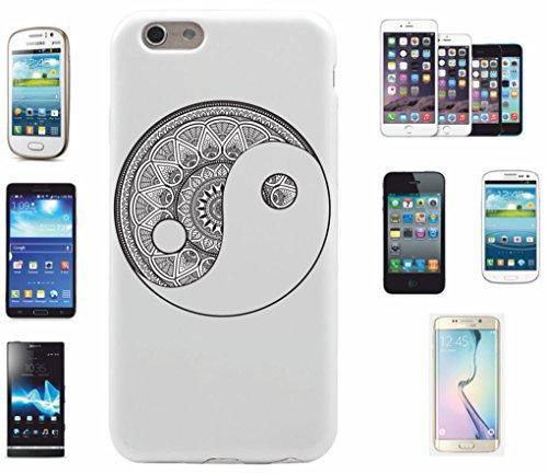 Carcasa para iPhone 7+ 'Mandala' negro y blanco, diseño 5' | El Must have para la primavera. Los motivos alegres y coloridos mandala de alta calidad cautivan tu smartphone y atraen todas las miradas.