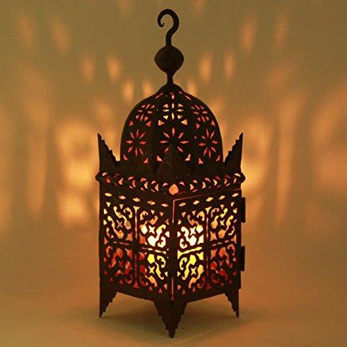 Casa Moro Marokkanische Laterne aus Eisen Firyal H 50 cm mit rost-finish | Handmade Gartenwindlicht Tischlaterne | Prachtvolles Windlicht wie aus 1001 Nacht | L1655