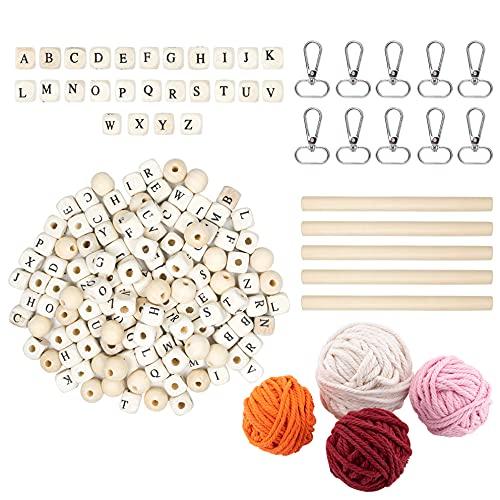 LLGL-EU Set di portachiavi in macramè, corda di cotone con lettere e perline di legno, bastoni in legno, moschettone per fai da te, portachiavi con nome, mini decorazione da parete per auto (tipo 1)