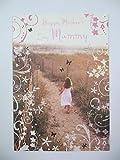 Tarjeta de felicitación para el día de la madre con texto en inglés 'Running on the Beach'