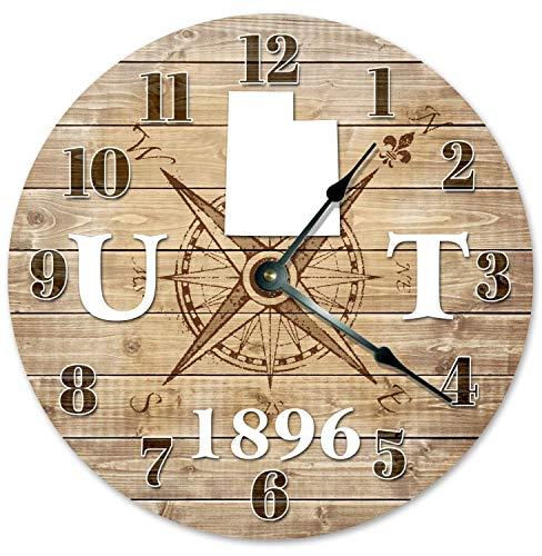 Lplpol Reloj de pared colgante de madera vintage Utah Establecido en 1896 Brújula Mapa Reloj de pared Reloj redondo Círculo Rústico Estado Ut State Reloj de 25,4 cm Funciona con pilas