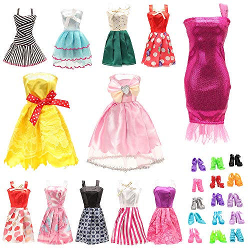 BM 22 pcs Barbi Doll Clothes and...