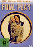 FOUL PLAY - Eine ganz krumme Tour