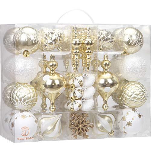 Sea Team Paquete de 85 adornos de bolas de Navidad inastillables surtidos, juego de bolas decorativas colgantes con paquete de regalo reutilizable para árbol de Navidad (oro y blanco)