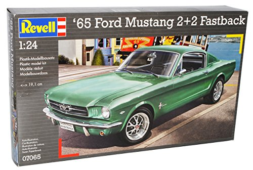 Revell Ford Mustang Coupe Fastback 2+2 1965 07065 Bausatz Kit 1/24 Modell Auto