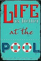 Shimaierレトロおかしい金属錫サイン8 x 12インチ(20 * 30 cm)ブリキ看板水泳で人生をより良くするスイミングプール警告通知パブクラブカフェホームレストラン壁の装飾アートサインポスター