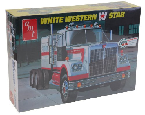 AMT 1:25 Scale Western Star Semi Tractor Kit...