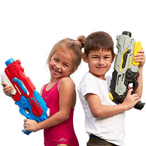 SEETOYS Set of Two Squirt Water GunsBlack 1200 ml for Kids with Long Range Shooting Water Blaster for Summer Swimming Pool Party