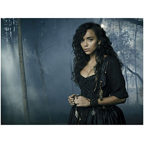 Salem (TV Show) Ashley Madekwe as Tituba to Side 8 x 10 Inch Photo