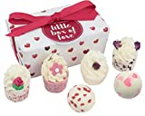 "Fabbricata a mano & puramente naturalmente Set regalo con sei pezzi di sapone Urban Rose mallow Kiss Me Quick "" Love Buds mallow Rosebud Buttercup Chic & Cheerful mallow"