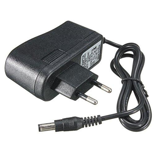 Enchufe de la UE 9V 1A Pedal de efectos de guitarra Adaptador de fuente de alimentación Stompbox