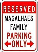 ヴィンテージアルミレトロ金属看板、Magalhaes家族駐車場-プラークアートサメ島ボートグレートメタルティンサイン金属看板壁の装飾ガレージショップバーリビングルームの壁アートポスター