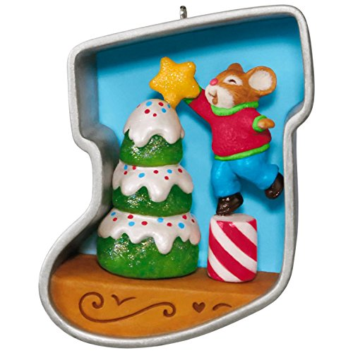 Hallmark Keepsake 2017 Stocking Cookie Cutter Christmas Decorating the Tree Mouse Christmas Ornament
