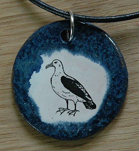 Echtes Kunsthandwerk: Lustiger Keramik Anhänger mit einem Albatros, Möwe, Watvögel, Austernfischer, Meer