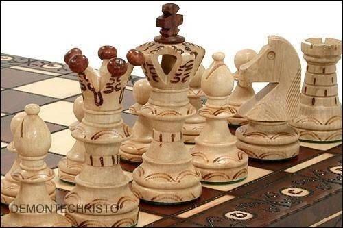 Schach-Set aus Holz, in Kassette, 54 cm