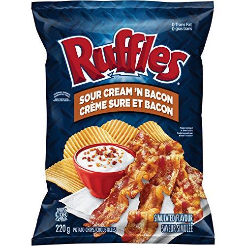 Lay's Ruffles Potato Chips, Sour Cream & Bacon, 220 Grams/7.73 Ounces
