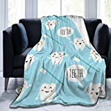 UNSUWU Fleece Throw Blanket 50' x 40', Soft Cozy Plush Microfiber Flannel Reversible TV Blanket, Home Decor Throws for Couch Sofa Bed Living Room, Teeth Blue