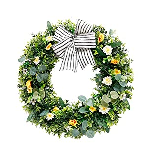 90sMuse Artificial Flower Wreath, 18Inch White Daisy Wreath Spring Summer Flower Wreath with Vines Eucalyptus Leaves Silk Artificial Floral Wreath for Front Door Wedding Party Decor (Green)