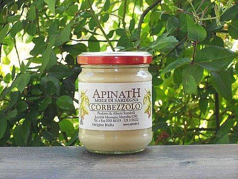 500 gr - Miele di corbezzolo sardo prodotto dall'apicoltore di Marrubiu, Sardegna - Apinath. Il mitico miele amaro. Miglior miele sardo prodotto da Alberto Scarabelli, Apinath a Marrubiu