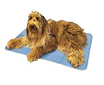 The Green Pet Shop Self Cooling Pad: photo