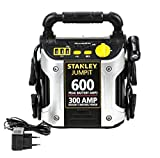 Starthilfegerät 12V 300A für Auto und Motorrad (Benzin, Diesel), Netzladeadapter, 3 USB-Eingänge, Verpolungs-und Batterieladestatus-Anzeige, 270° LED-Schwenklicht