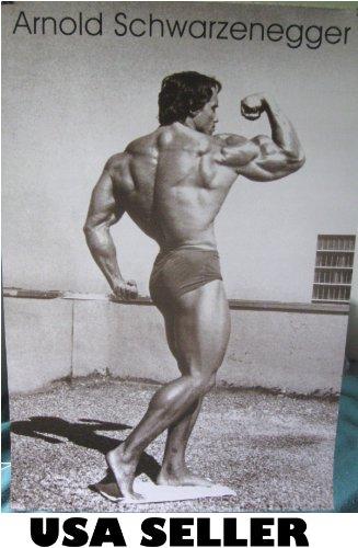 Arnold Schwarzenegger 70s Bodybuilding Flexing Bicep Black & White Poster (sent from USA in PVC pipe)