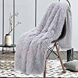 junovo Super Soft Shaggy Longfur Faux Fur Blanket, Fuzzy Throw Blanket for Bed, Fluffy Cozy Plush Light Blanket, Washable Warm Furry Throw Blanket for Couch Sofa Chair Home Decor, 50'x60' Sliver Grey