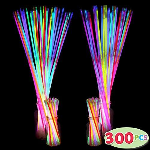 2ne1 light sticks _image0