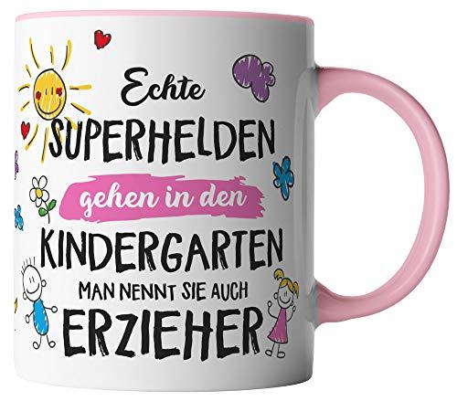 vanVerden Tasse - Echte Superhelden gehen in den Kindergarten man nennt sie auch Erzieher - beidseitig Bedruckt - Geschenk Idee Kaffeetasse mit Spruch, Tassenfarbe:Weiß/Rosa
