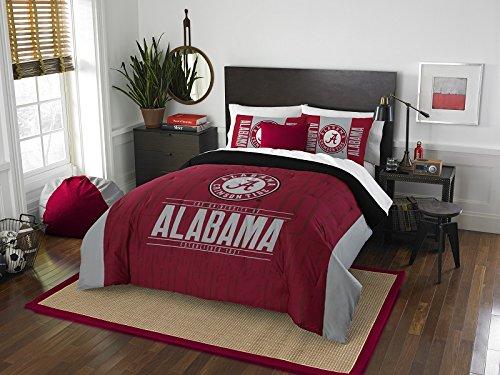 Alabama Crimson Tide - 3 Piece FULL / QUEEN SIZE Printed Comforter & Shams - Entire Set Includes: 1 Full / Queen Comforter (86' x 86') & 2 Pillow Shams - NCAA College Bedding Bedroom Accessories