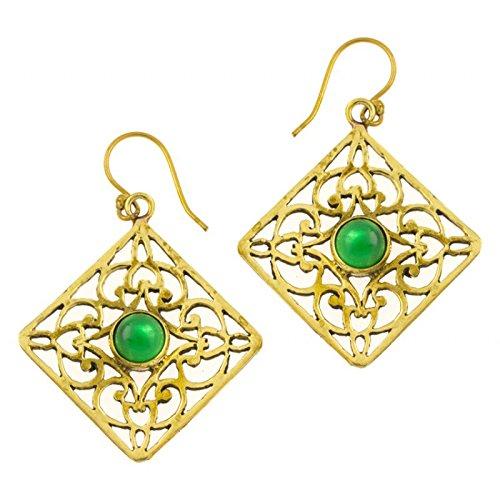 Chic-Net Pendientes de ónix verde a cuadros adornos brillantes de latón dorado antiguos tribales 40 mm