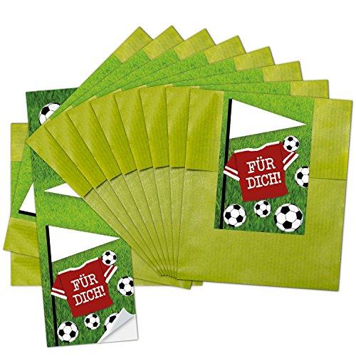 """25 kleine grüne Papiertüten Geschenktüten Geschenk-Verpackung (9,5 x 14 cm) mit beschreibbarem Aufkleber Fußball\""""Für Dich\""""; perfekt für die Fußball-Party und jeden Fußball-Fan"""