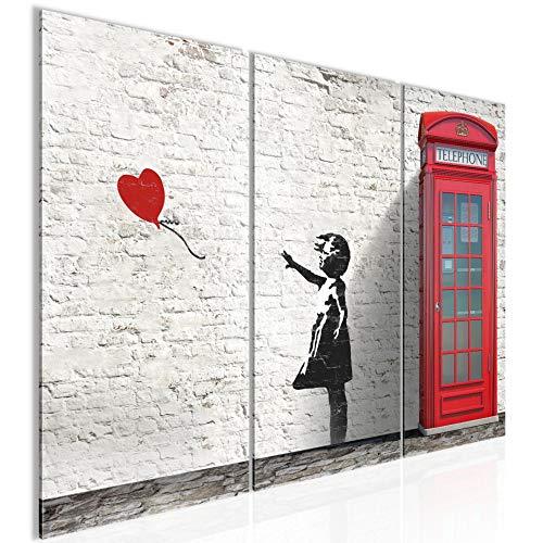 Runa Art Banksy Girl With Ballon 033032c - Quadro da parete in 3 pezzi, motivo: scritta in lingua tedesca 'Banksy Girl With Ballon', colore: Rosso e Grigio