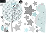 greenluup ökologische Wandsticker Baby Kinderzimmer Mädchen Junge aus Vlies Waldtiere schlafender Bär Baum Sterne Blau Hellblau Grau (w8)
