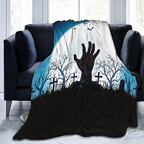 Manta de franela azul de Halloween con mano y luna, manta de sherpa, manta ligera de almacenamiento cálido para sala de estar habitación de los niños 80 x 60