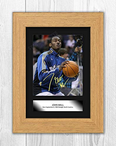 Póster con texto en inglés 'Good With Wood Yorkshire John Wall (1) NBA Washington Wizards Reproducción Autógrafo Foto A4 (marco de roble)
